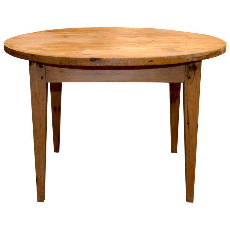 Round Farm Table Made In Vintage Pine